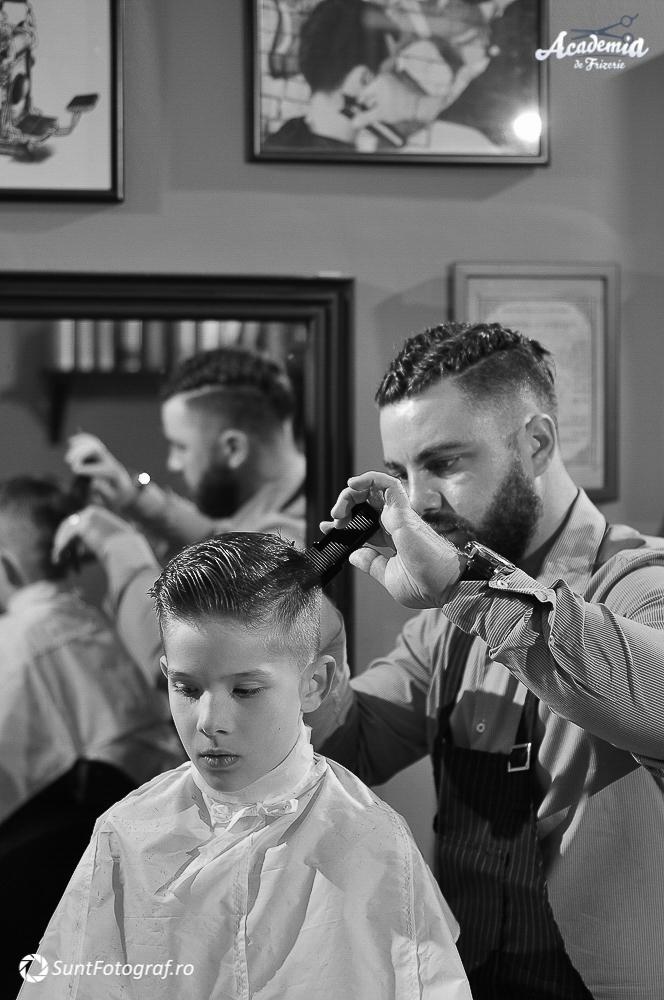 Poze Tunsori Barbati Academia De Frizerie In Bucuresti Barber Shop